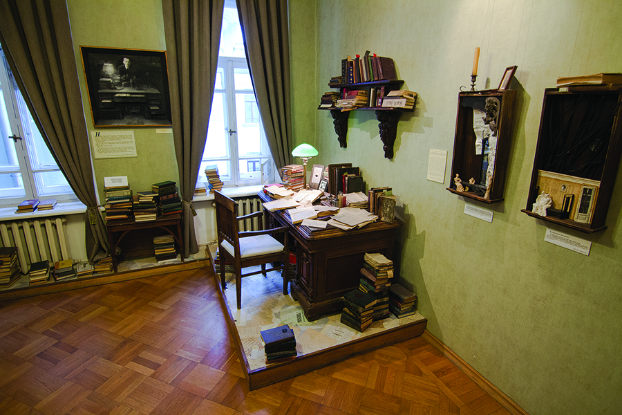 Квартира, где Булгаков написал роман «Мастер и Маргарита», станет музеем
