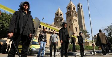 Опубликованы видеокадры с места взрыва в Коптском храме в Каире