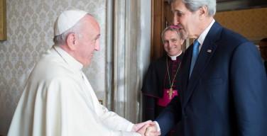 Папа Франциск встретился с госсекретарем США Джоном Керри