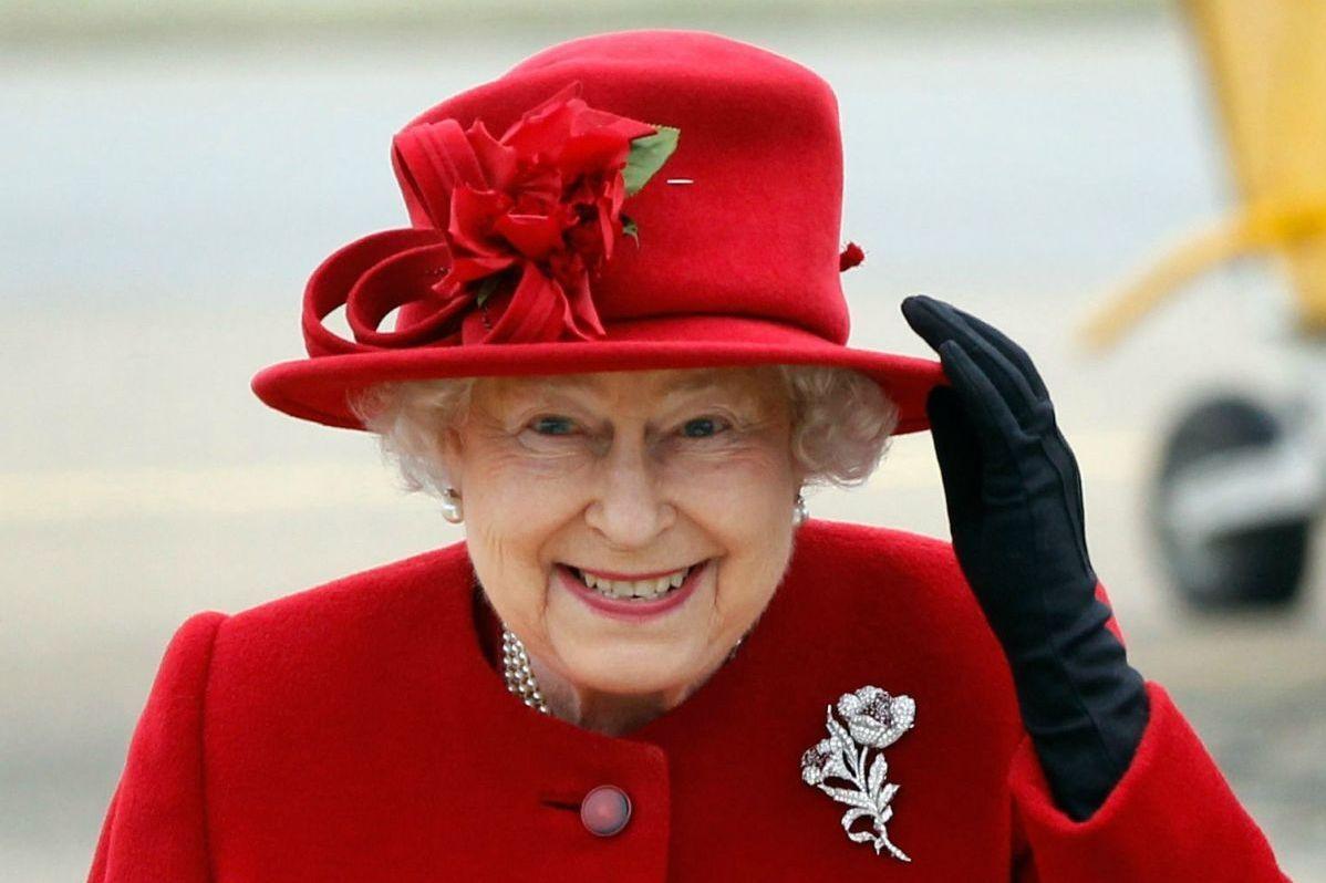 Королева Британии отправилась в поместье в Норфолк для встречи Рождества