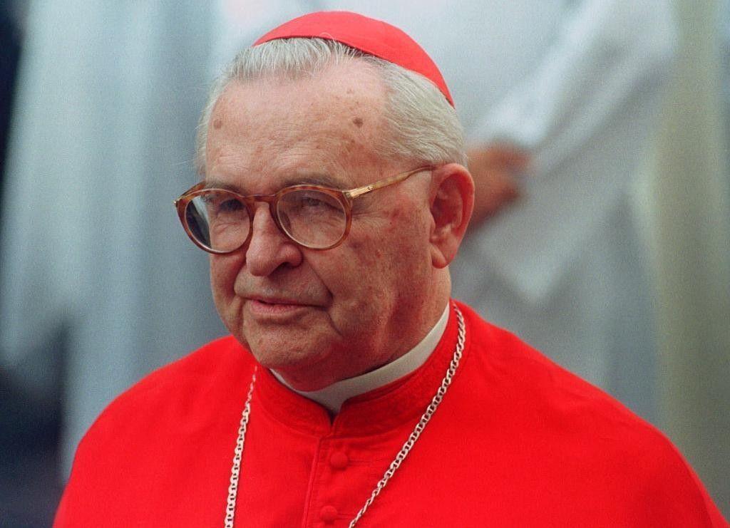 Святейший Отец опечален кончиной бразильского кардинала Арнса