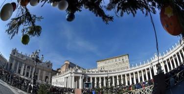 Angelus 26 декабря. Папа: поддержим сегодняшних гонимых христиан