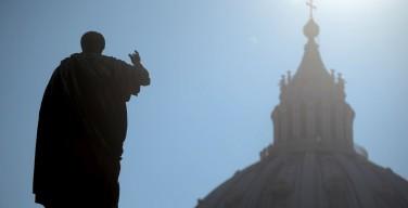 Совет кардиналов обсуждает роль госсекретариата Ватикана