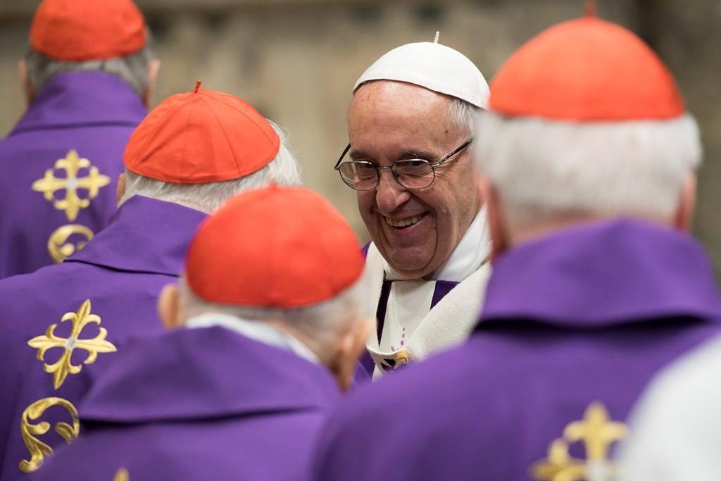 Коллекция фотографий Папы Франциска, сделанных в 80-й день его рождения
