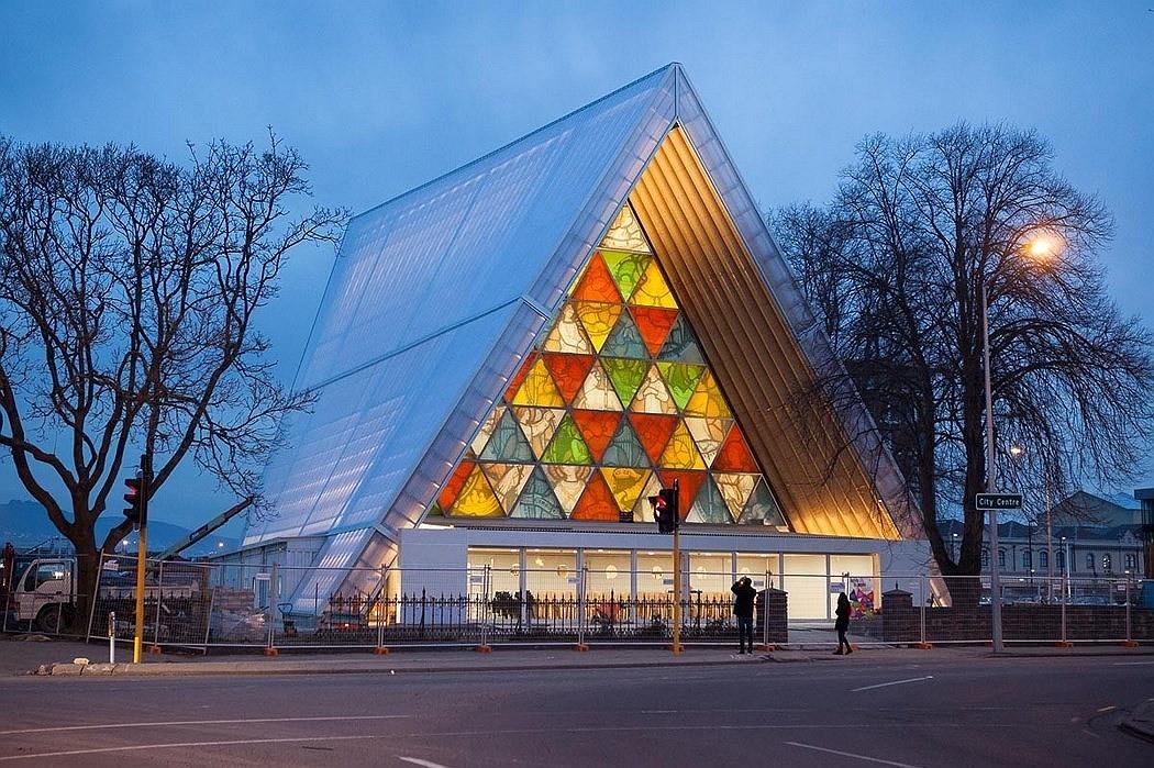 В Новой Зеландии построили собор из картона