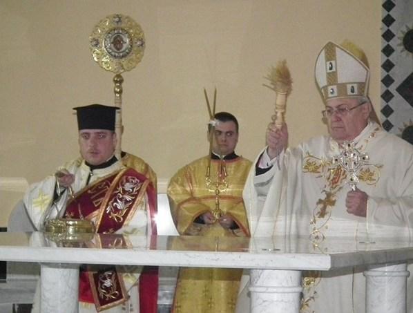 Префект Конгрегации Восточных Церквей освятил храм на Украине