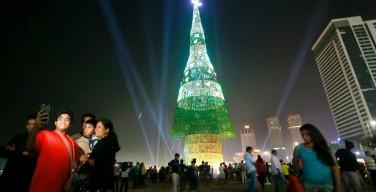 Шри-Ланка побила рекорд по высоте рождественской ели