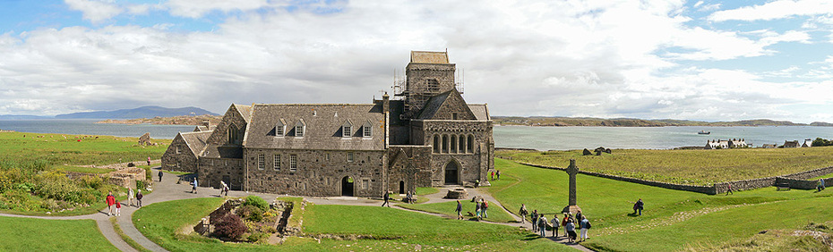 large_iona_abbey_panorama