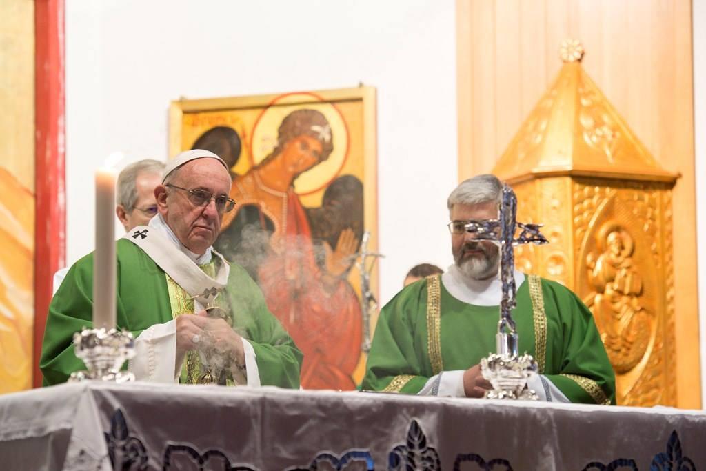 Папа посетил один из приходов Римской епархии