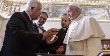 Махмуд Аббас встретился с Папой Римским и открыл посольство Палестины при Св. Престоле