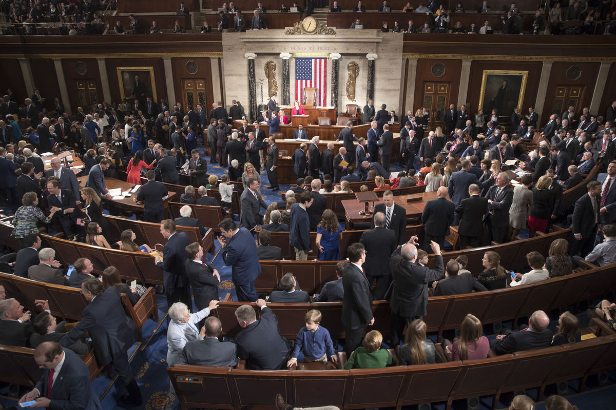 Количество католиков в Конгрессе США постоянно растет