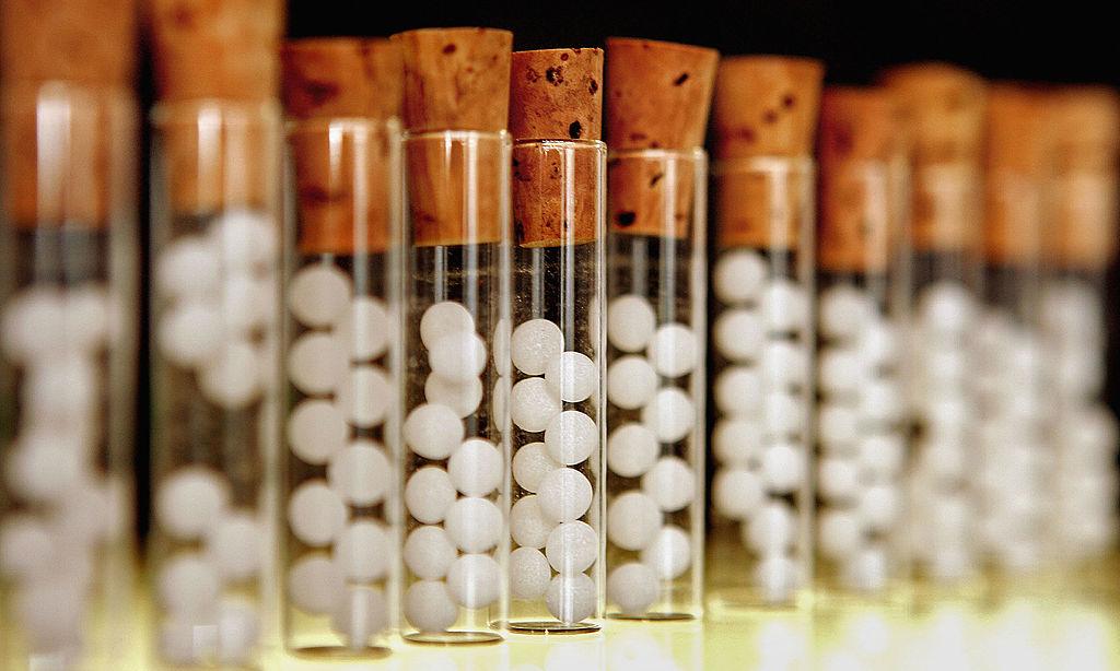 СМИ: комиссия РАН официально назвала гомеопатию лженаукой