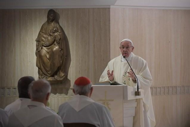 Папа: разрушение братства начинается с мелких обид