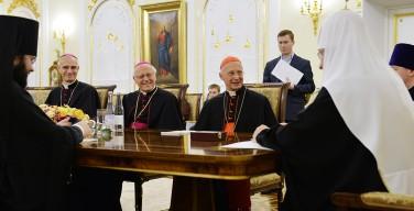 Патриарх Кирилл встретился с представителями Римско-Католической Церкви в Италии