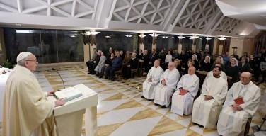 Папа: Иисус всегда окружён людьми, но Он не ищет популярности