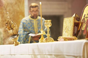 Mass_and_Divine_Liturgy_at_the_Shrine_of_the_Holy_Face_in_Manoppello_Italy_on_Sept_18_2016_Credit_Daniel_Ibanez_10_CNA