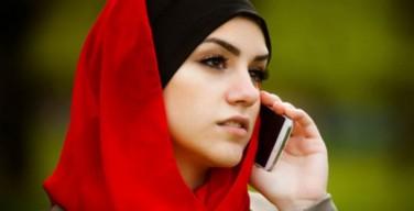 Историк моды называет исламское влияние одним из самых сильных веяний современной моды