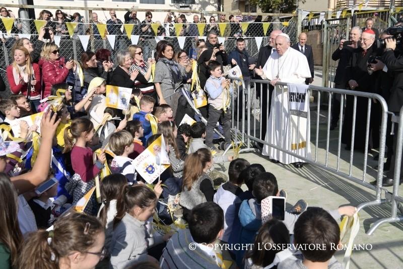Папа в римском приходе: Иисус всегда ждёт нас (+ ФОТО)