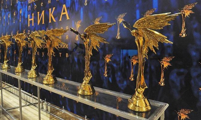 Лауреаты премии «Ника» призвали власть к диалогу с участниками акций протеста