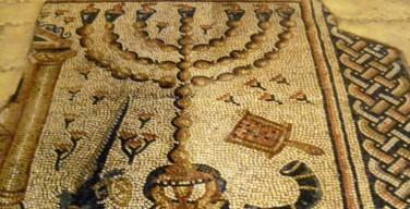 Музеи Ватикана впервые проводят совместную выставку с римской еврейской общиной