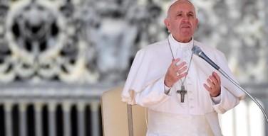 Папа призвал защитить мирных жителей Ирака