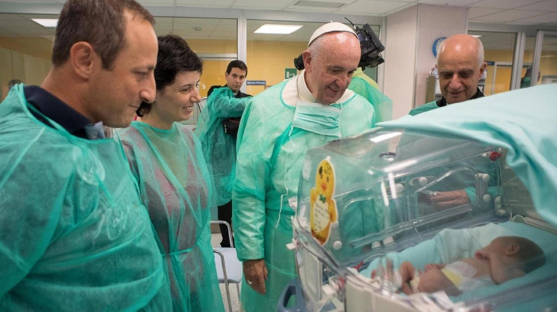 Папа Франциск отказался от почетного доктората университета Салерно