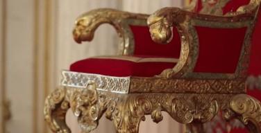 ВЦИОМ: подавляющее большинство граждан отвергают идею монархии в России
