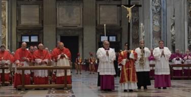 """""""O Crux, ave spes unica"""". Воспоминание Страстей Господних в соборе Св. Петра"""