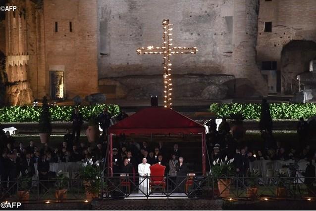 Папа: мы стоим перед Иисусом, пристыженные и полные надежды