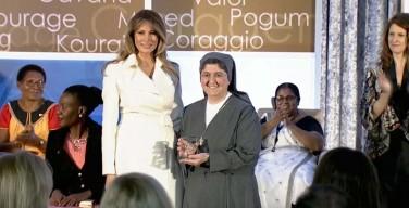 Первая леди США вручила премию «Women of Courage» сестре-салезианке