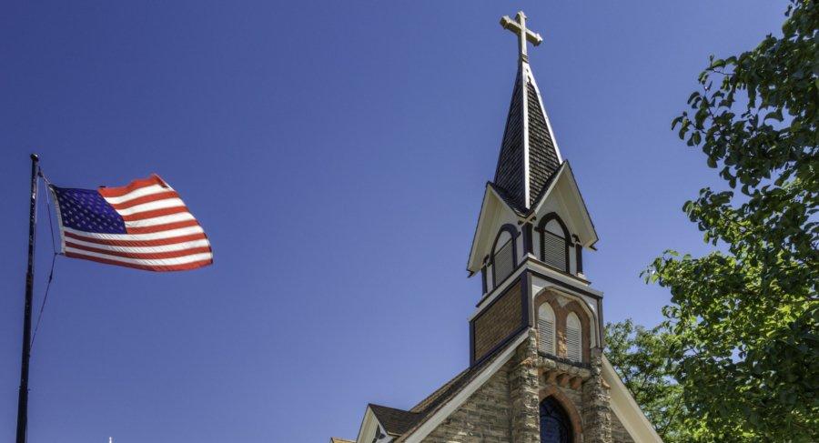 Духовенство евангелистских церквей США не хочет поддерживать политиков