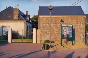 Reunion-publique-Marine-Pen-Bazoche-Gouet-Eure-Loir-avril-2017_0_729_486