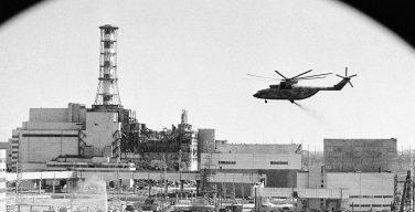 В Киеве почтили память жертв аварии на Чернобыльской АЭС