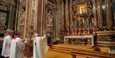 Папа Франциск возглавит молитвенное бдение молодежи в Марийской базилике