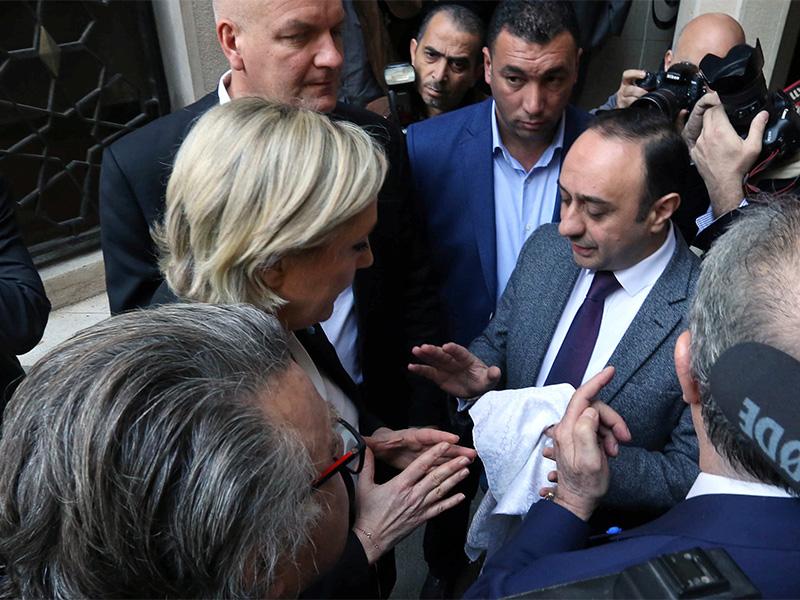 Президентские выборы вернули религию в публичную жизнь Франции