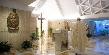 Папа: без послушания Святому Духу вера становится холодной и идеологической
