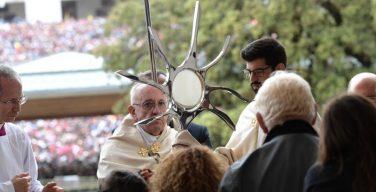 Папа в Фатиме: больные – духовный ресурс Церкви