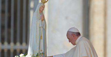 Папа встретился с учащимися Португальской коллегии накануне своего визита в Фатиму