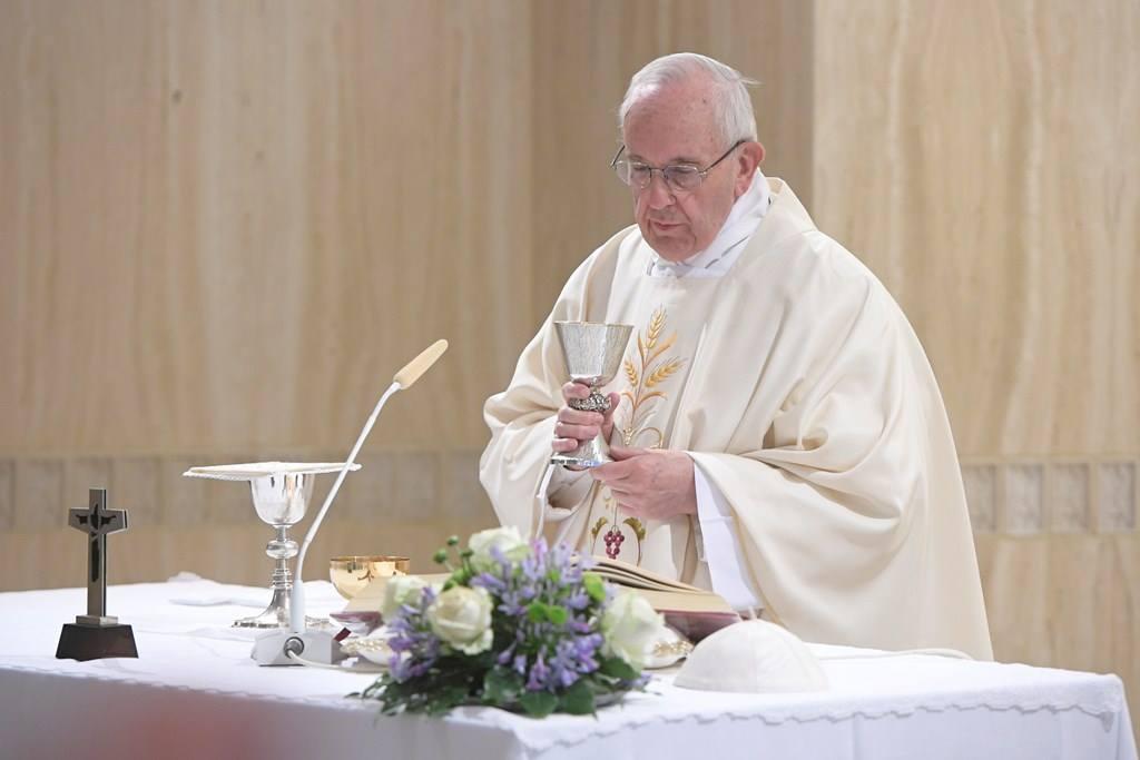 Папа: на пути к Божьим сюрпризам не нужны гороскопы