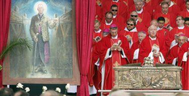 Архиепископ Теофилюс Матулёнис причислен к лику блаженных (ФОТО)