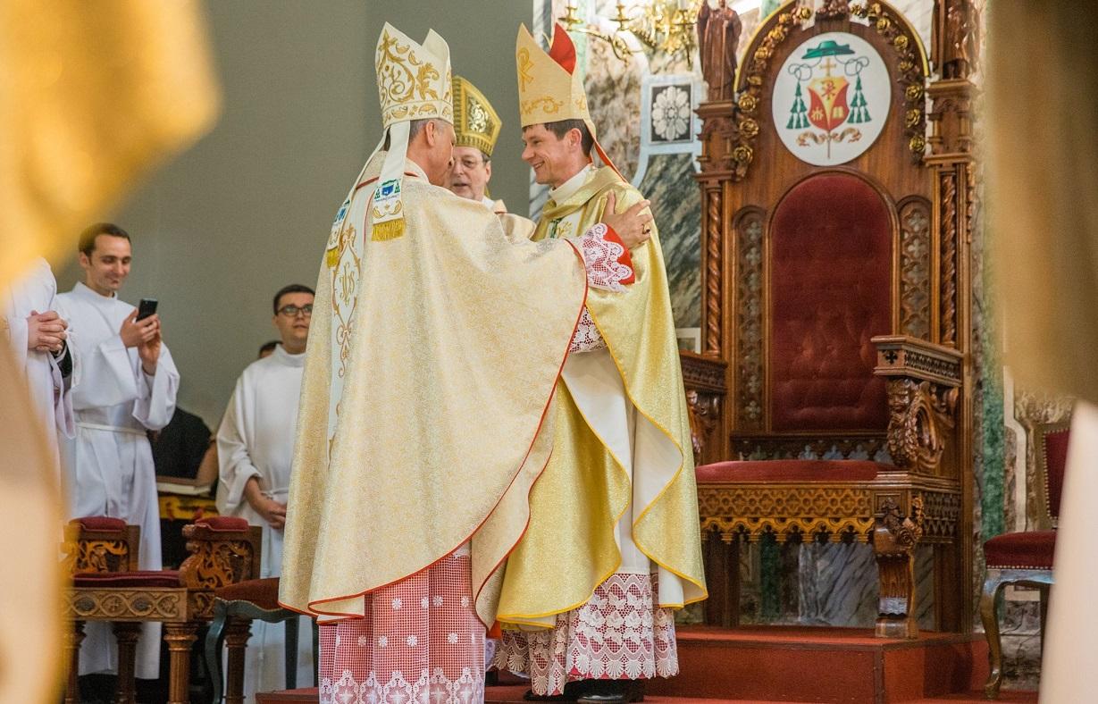 Историческая епископская хиротония в Киеве (ФОТО)