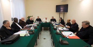 В Ватикане проходит заседание Совета кардиналов