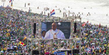 Четыре года назад состоялся первый ВДМ с участием Папы Франциска