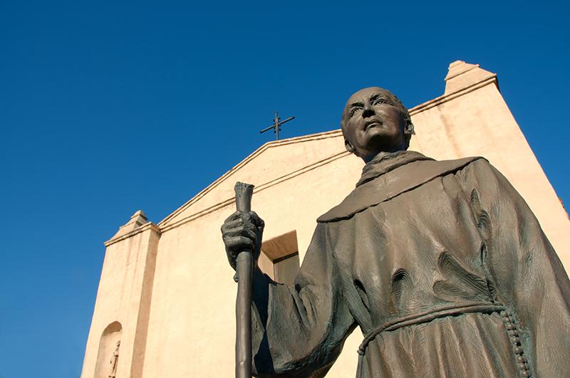 В США объектом нападок со стороны левых вандалов стал «апостол Калифорнии» св. Хуниперо Серра