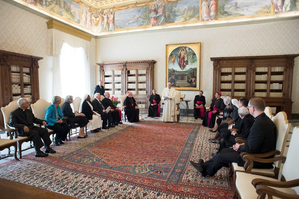 «Я никогда не подпишу акт о помиловании виновного в педофилии». Папа встретился с Комиссией по защите несовершеннолетних