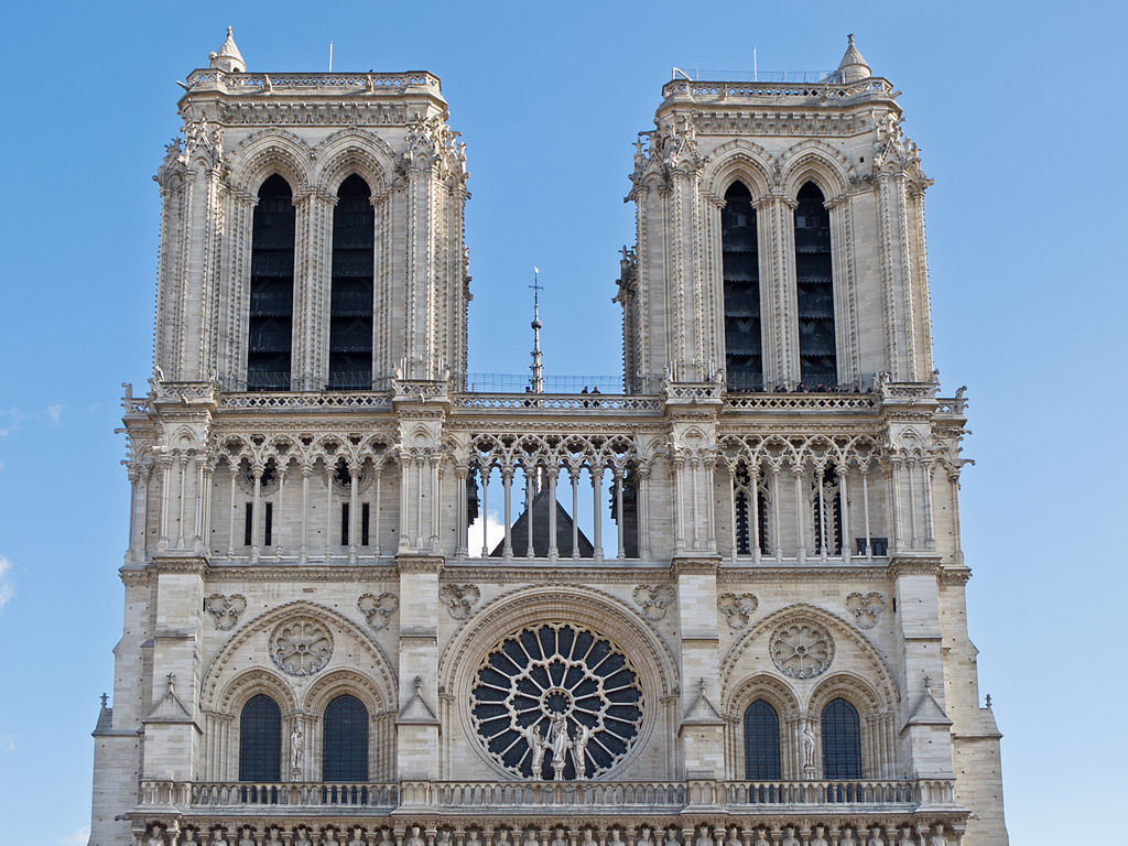 Пчелы собора Парижской Богоматери стали признаком благополучной экологии города