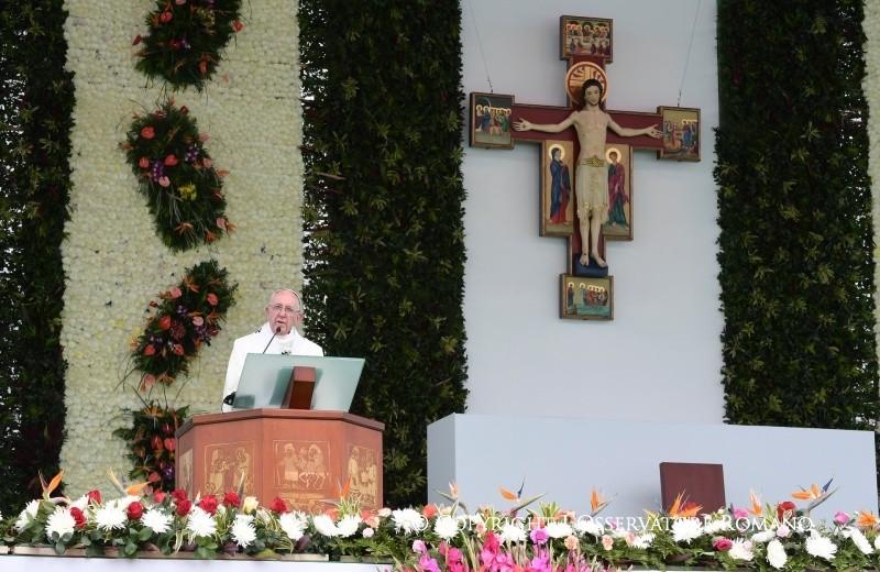 Папа на Мессе в Медельине: Церковь принадлежит не нам, а Богу