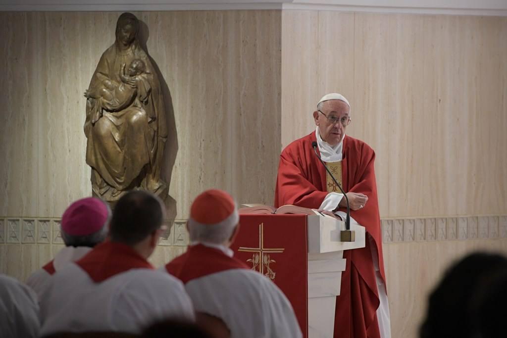 Папа: некоторых шокирует милосердие