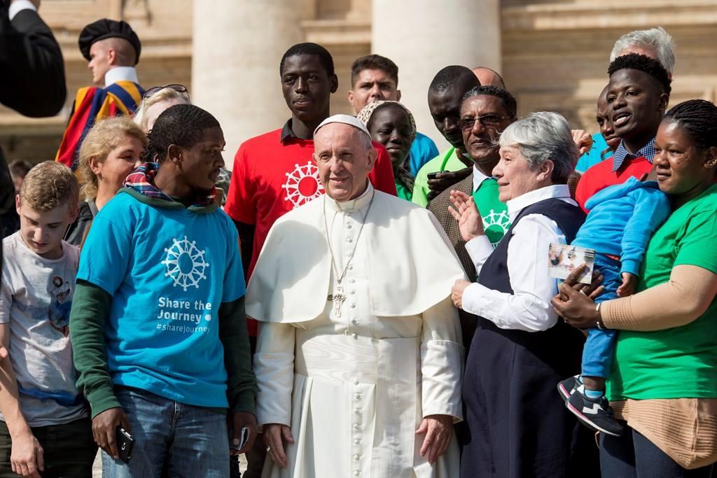 Папа дал начало новой кампании «Каритас»: принимать мигрантов с раскрытыми объятиями