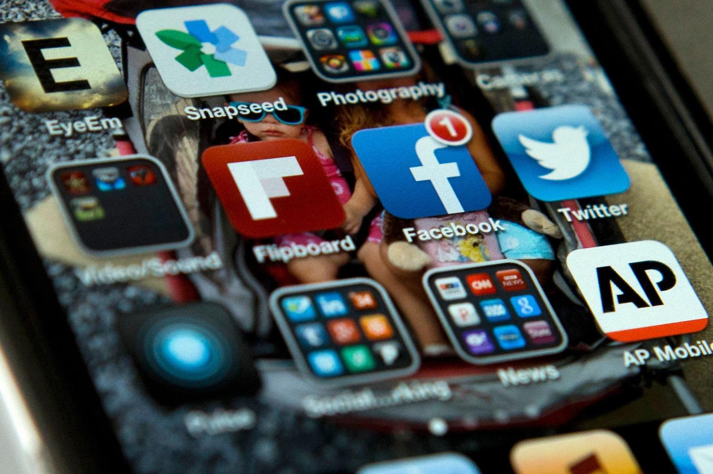 Префект Секретариата по коммуникации Св. Престола: «фейковые» новости используются со стратегической целью